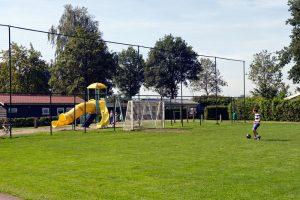 Caravanpark de Hofstee Nunspeet voetbalveld