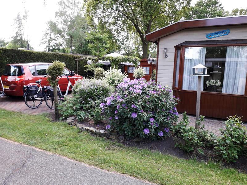 Chalet huren op de veluwe caravanpark de hofstee nunspeet for Chalet te koop veluwe